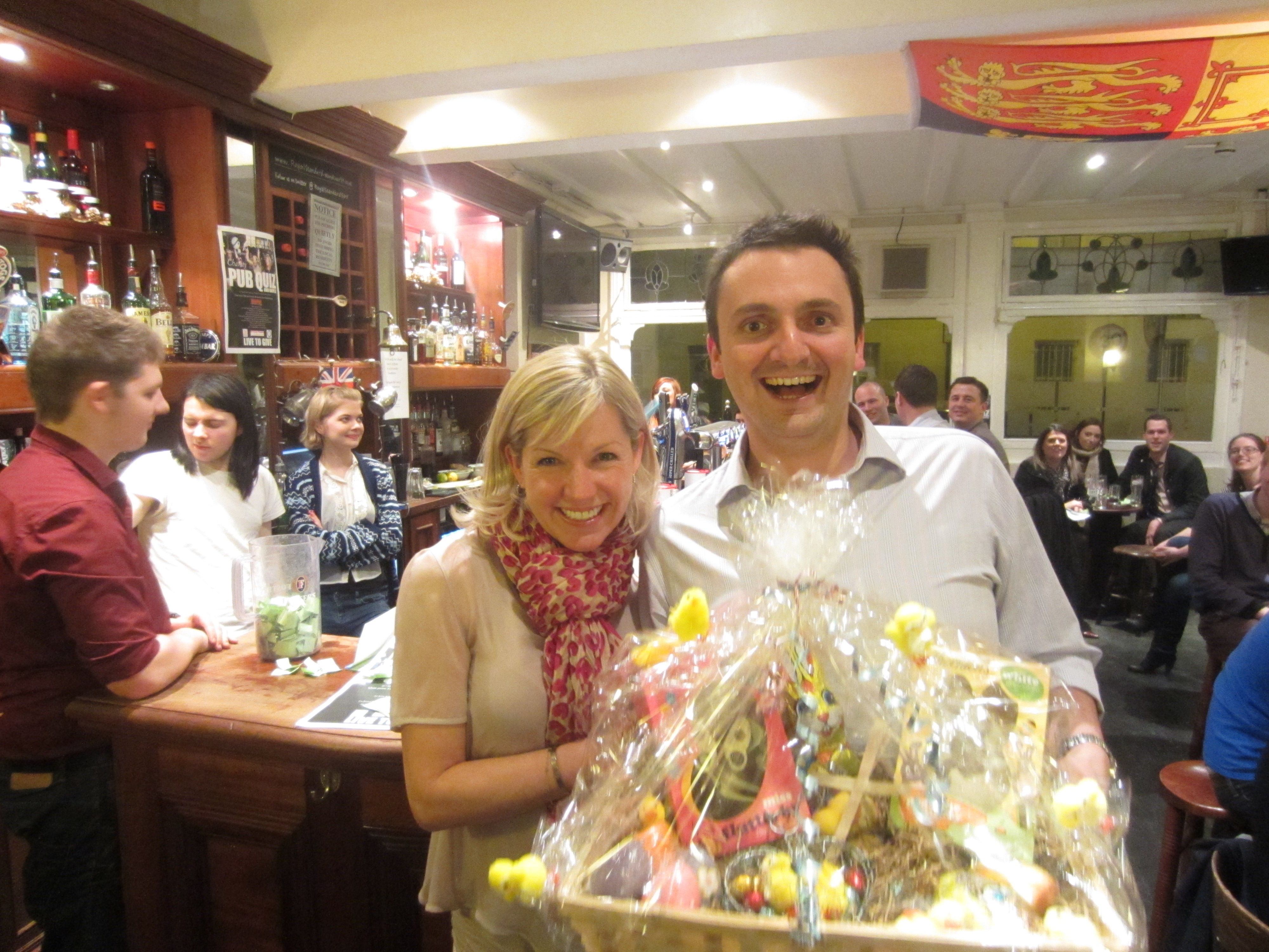 A fundraising success at the LivetoGive 2013 Pub Quiz – Royal Standard
